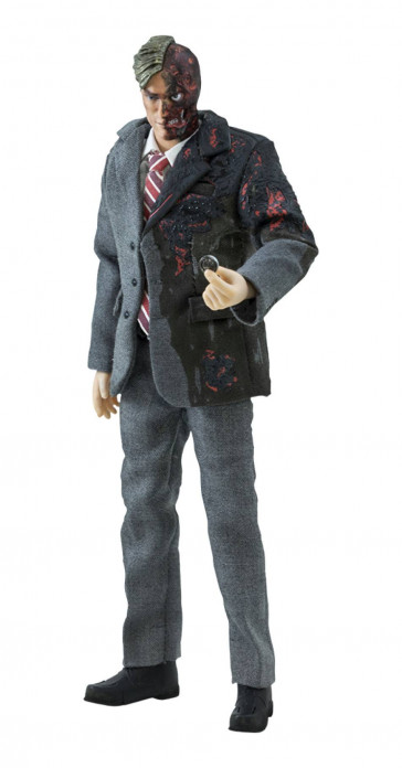 The Dark Knight Harvey Dent Two-Face Actionfigur 18 cm