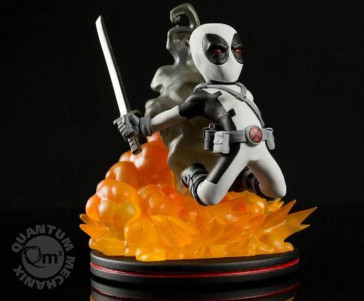 Marvel Comics Q-Fig Figur Deadpool X-Force Variant 15 cm