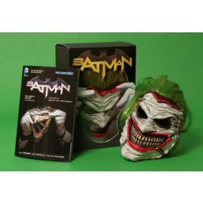 Batman Joker Maske mit Buch Death of the Family Replik