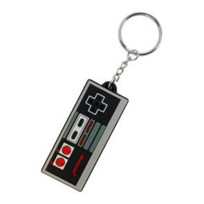 Nintendo Gummi Schlüsselanhänger NES Controller 7 cm