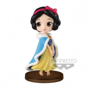 Disney Q Posket Petit Girls Festival Minifigur Snow White Winter Costume 7 cm