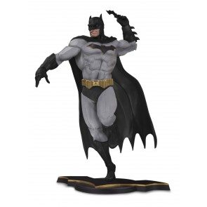 DC Core Batman Gray Statue 26 cm Variant Exclusive