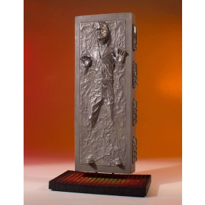 Star Wars Collectors Gallery Han Solo in Carbonite 1/8 Statue 24 cm