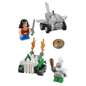 LEGO® DC Universe Super Heroes™ Mighty Micros Wonder Woman™ vs. Doomsday™