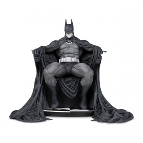 Batman Black & White Statue 15 cm by Marc Silvestri